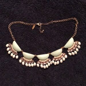 New York and company statement piece necklace